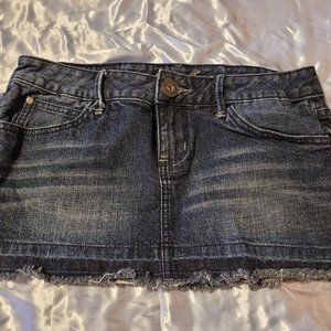 Guess Jeans Dark Wash Frayed Mini Skirt